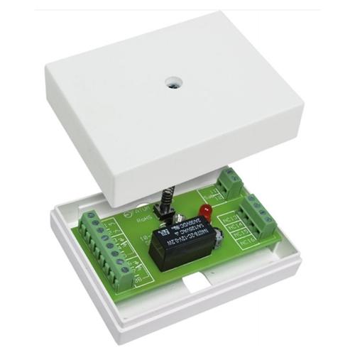 28220.03 Relay box 10-30VDC/AC